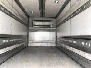 2トンウイング中温冷凍車 no.T682のサムネイル18