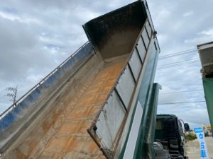 10トンダンプいすゞ ギガのサムネイル4